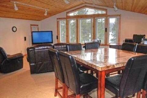 Tahoe Donner Vacation Luxury Vacation Rental in Tahoe Donner - RedAwning