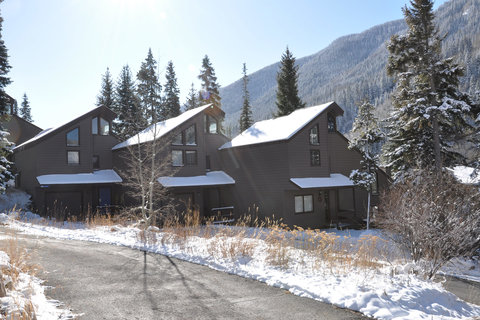 4352 #5 Spruce Way Vacation Rental in Vail - RedAwning