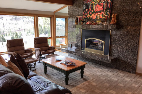 Enjoyable Vail Mountain Views Vacation Rental in Vail - RedAwning