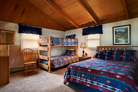 Adkins House 809 Vacation Rental in Silverthorne - RedAwning