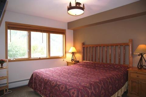 Cinnamon Ridge III Vacation Rental in Keystone - RedAwning