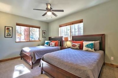 Heavenly Wildwood Lodge Vacation Rental in South Lake Tahoe, CA - RedAwning