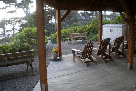 Explorations Vacation Rental in Gleneden Beach - RedAwning