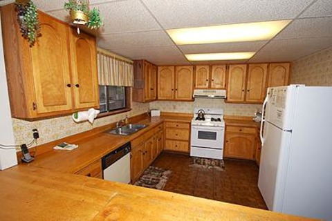 1631 Skyline Drive Vacation Rental in City of South Lake Tahoe - RedAwning