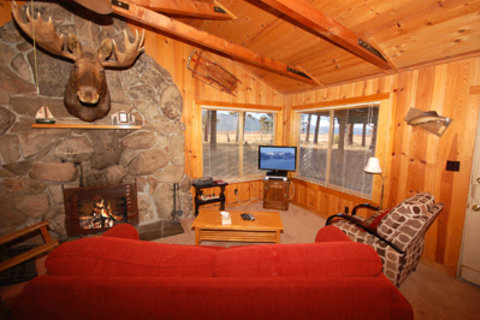 673 San Francisco Avenue Vacation Rental in City of South Lake Tahoe - RedAwning