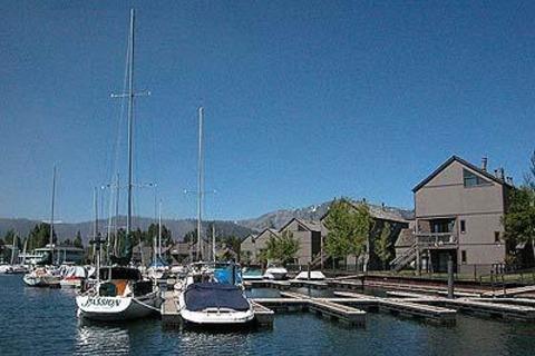 555 Tahoe Keys Blvd., 14 Vacation Rental in Tahoe Keys - RedAwning