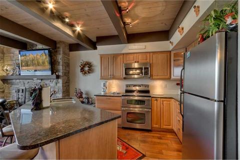 Waterfront Chalet Vacation Rental in Tahoe Keys - RedAwning