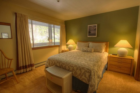 Fantastic Condo on Burgundy Hill Vacation Rental in Incline Village - RedAwning