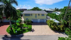390 Bayland Rd- Canal/Bay Front
