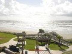 Beautiful Beach Front Condo #837427