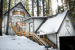 Charming Cabin, Walk to Heavenly, Lake & Casinos
