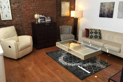 Brick 2 Bedroom Flat with Private Patio, Minutes to NYC!