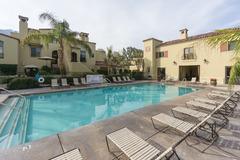 Tri-Level Condo in Palm Springs