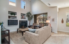 Pima Condo: Spacious and Functional with Lots of Updates – Close to Grayhawk