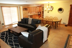 4 Bedroom Condo- Walk to the lifts at the base of Park City