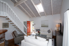 17 Finway House in New Seabury