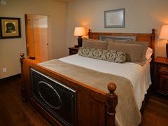 Arrowhead Village Condo- 104 Seasons Lodge