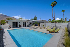805S Palm Springs Home