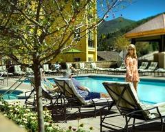 Step Into Luxury! 2Br Ritz-Carlton Condo w/ Mountain View!