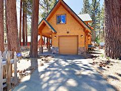 3522 Deer Ln Cabin