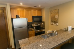 2Br Condo in the Heart of Park City- Ski in/ski out access