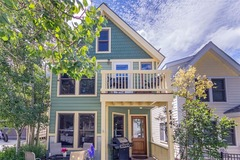Pacific Street Townhouse 2