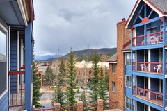 2 Bed /2 Bath Condo Downtown in River Mountain Lodge