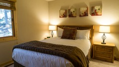1 bedroom 1 bath Ski Trails Condo!