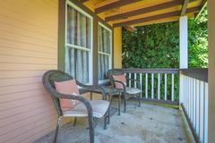 2129 Echo Park Ave Cottage