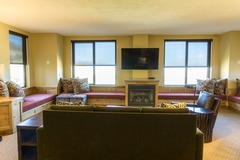 Grand Summit Hotel and Spa Deluxe One Bedroom