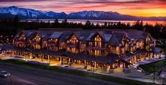 2 Br 2 Ba Luxury Condo. Walk to South Lake Tahoe!