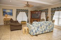 Palms Beach House East & West