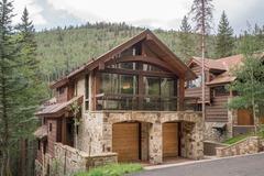 Cabins Lane Mountain House