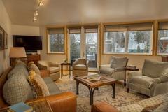 Ice House 418 Penthouse