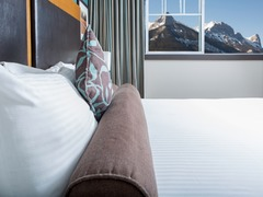 Clique Hotels & Resorts- Canmore Ab #3