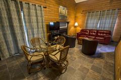 Day Dreamer (2-Bedroom Cabin)