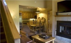 Mountain Lodge- Two Bedroom Suite with Kitchen