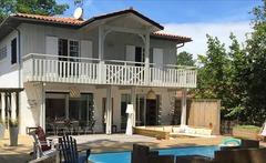 Villa luxueuse avec piscine à 50m de la mer