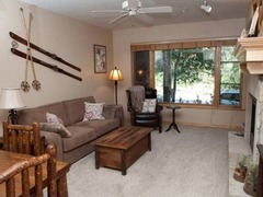105 Aspenwood Lodge Condo