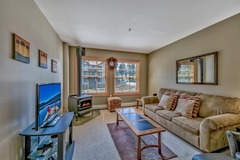 Luxury Three Bedroom Kirkwood Condo – Steps from Chair Six