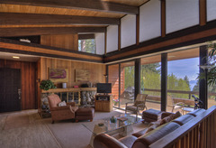 Lake Tahoe Mountain Escape with Hot Tub and Pool Table