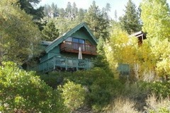 Amagosa Chalet- Newly Remodeled with Stunning Lake Views