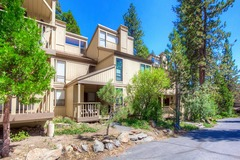 Gorgeous and Luxurious Condo just minutes to Northstar Ski Resort!