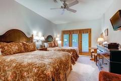 The Charter Lodge Room 5015