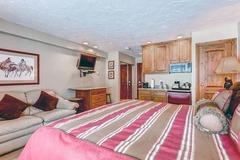 Lion Square Lodge Lodge Room Mountain 158