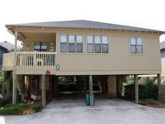 Guest Cottage G-61