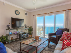 Crystal Shores West 805