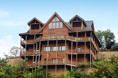 Serenity Mountain Pool Lodge