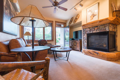 2106 Timberline Lodge- Trapps
