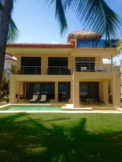 Dream House: BeachFront Contemporary Home with Private Pool- Gated Community!